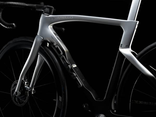 PINARELLO  NEWモデル DOGMA F 発表 予約受付開始